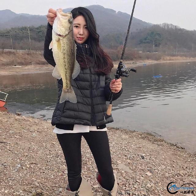 如此众多的美女钓手,钓鱼人敢不敢大胆的说出哪个才是你的菜-12.jpg