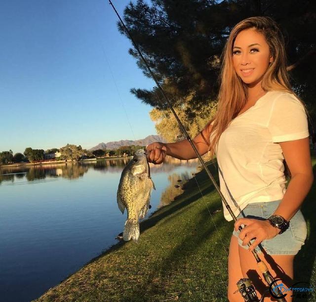 如此众多的美女钓手,钓鱼人敢不敢大胆的说出哪个才是你的菜-19.jpg