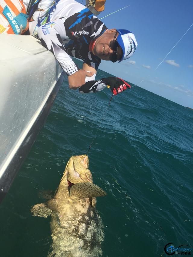 好几斤重的鱼只是被当作鱼饵来用,国内钓鱼人看的咬牙切齿-13.jpg