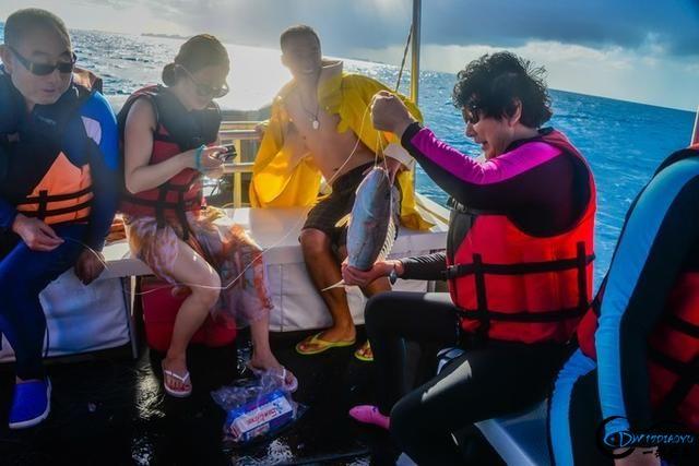 在帕劳海钓是一种啥感受?什么!手线钓鱼怎么钓?-3.jpg