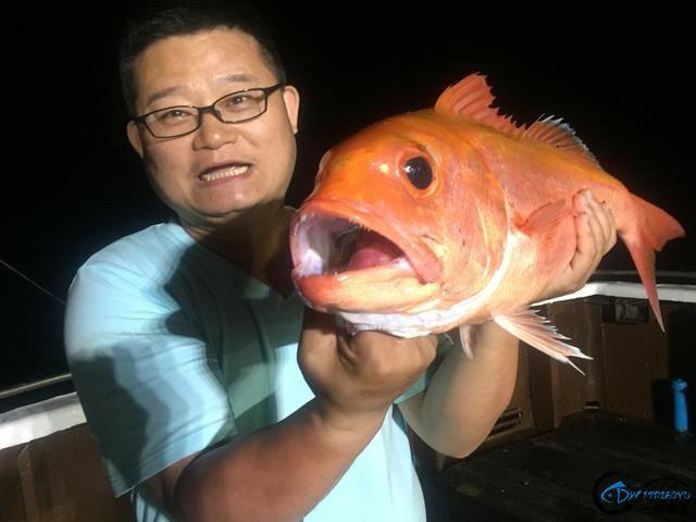这也许是钓鱼人最强的炫富方式了,晒渔获拉仇恨,看谁比我狠-3.jpg