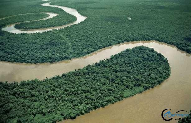 亚马逊河才是钓鱼人的终极钓场,水中巨物无数,就怕你嗨不住-2.jpg