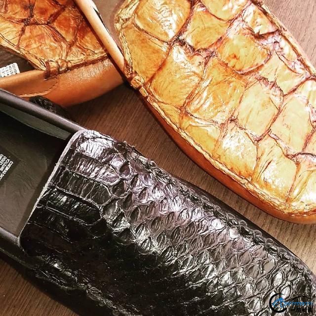 游钓亚马逊钓获巨骨舌鱼后不仅可以烤鱼,鱼皮更能做成皮鞋-18.jpg