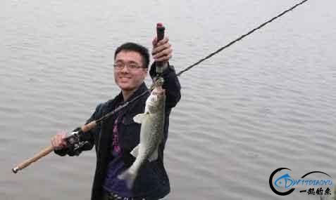 钓鱼教学:选择一枚合格的(路亚)假饵-1.jpg