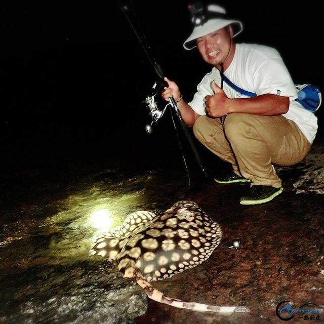 游钓亚马逊的中国钓鱼人,这是用生命在钓鱼啊,渔获真过瘾-15.jpg