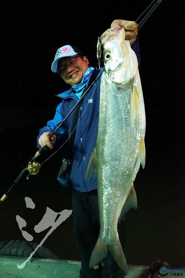精选54张钓鱼图,分享给小伙伴们,年年有鱼!-15.jpg