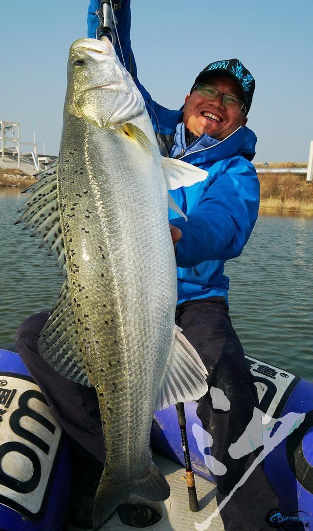 精选54张钓鱼图,分享给小伙伴们,年年有鱼!-49.jpg