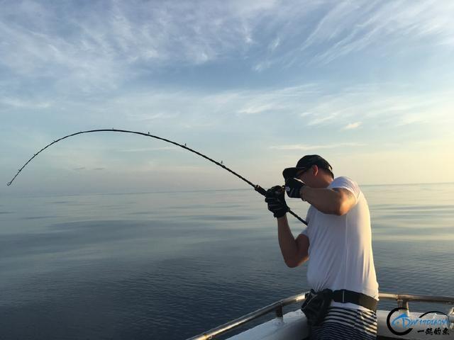 还有比这样钓鱼更拉仇恨的方式吗?简直就是赤裸裸的炫富啊-10.jpg