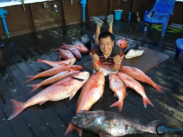 还有比这样钓鱼更拉仇恨的方式吗?简直就是赤裸裸的炫富啊-21.jpg