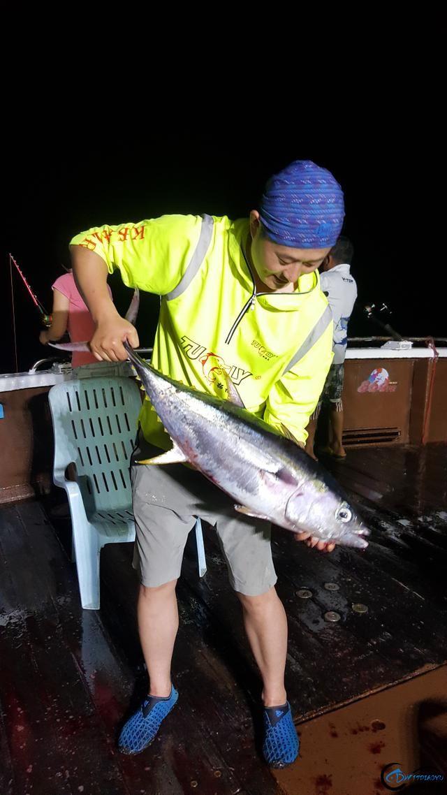 据说现在中国钓鱼人都跑到国外钓鱼了,渔获多的太拉仇恨了-7.jpg