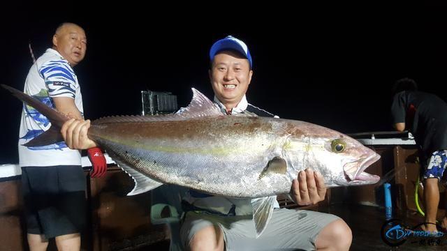 据说现在中国钓鱼人都跑到国外钓鱼了,渔获多的太拉仇恨了-9.jpg