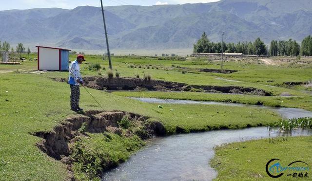 新疆钓鱼的风景太美了,我自己都没勇气看-2.jpg