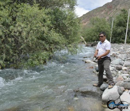 新疆钓鱼的风景太美了,我自己都没勇气看-9.jpg