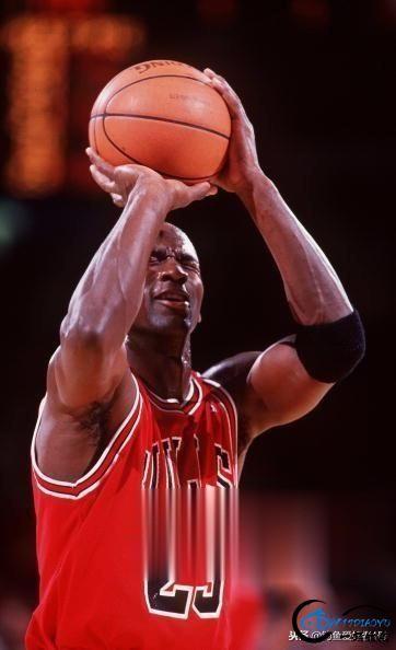 "NBA历史最强阵容""神魔鲨皇佛"",然而一人存在争议!-5.jpg"