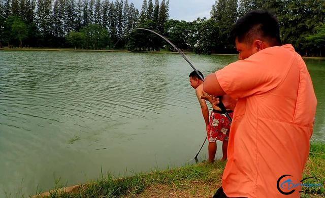 湄公河才是亚洲最终极的钓场,一不小心就会钓获这些水中巨怪-1.jpg