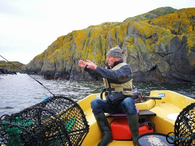 有幸目睹美味面包蟹的捕捞全过程,做成麻辣蟹我能吃一船!-2.jpg