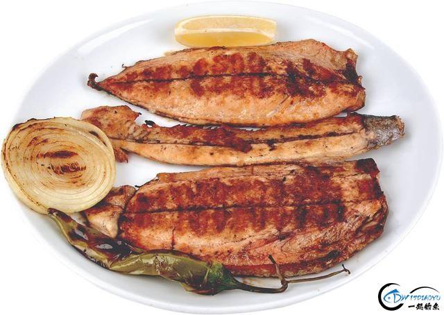 消灭美国泛滥的亚洲鲤鱼关键缺中国大厨?美国大厨表示不服气-28.jpg