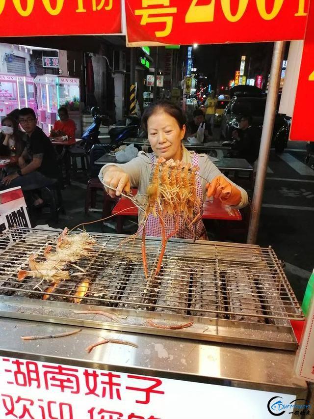 中国钓友组团去越南湄公河剿灭泛滥的罗氏虾,虾大的都成精了-17.jpg