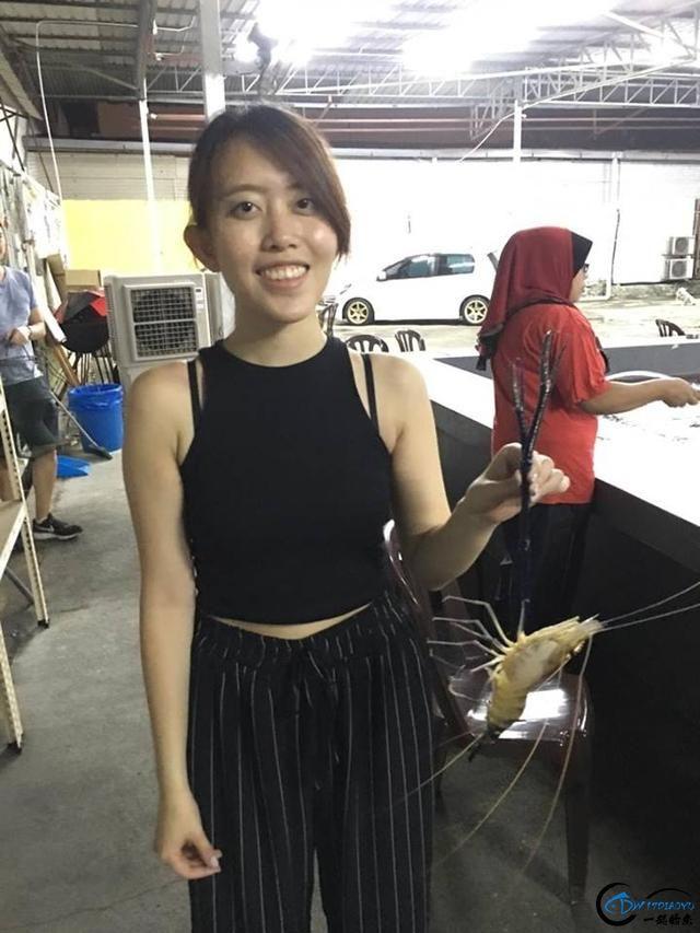 中国美女主播求放过越南的罗氏虾,有本事朝我来,我受的住!-5.jpg