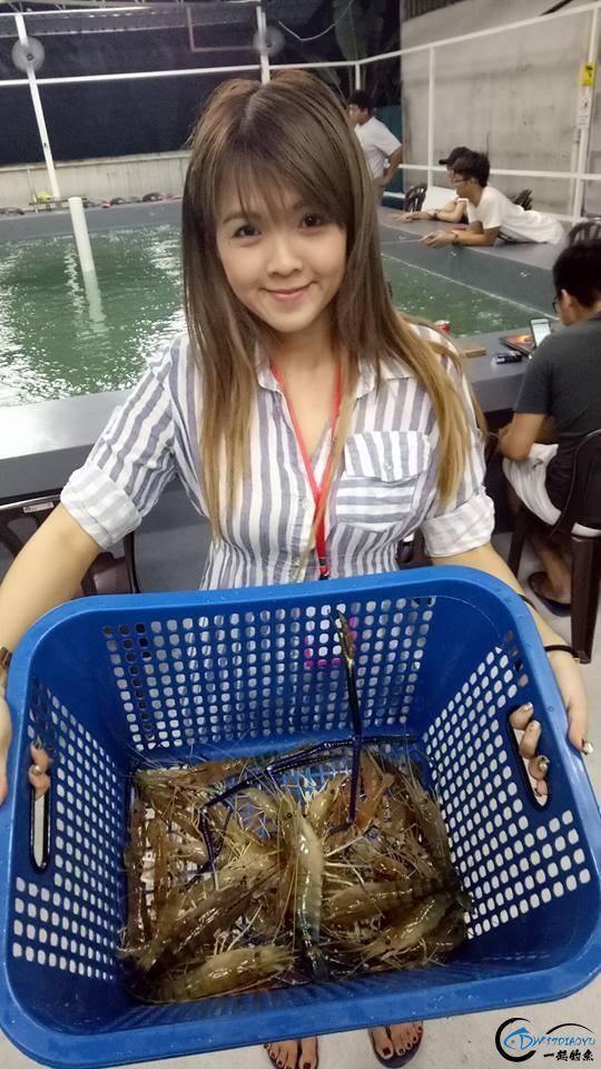 中国美女钓虾团远征越南罗氏虾,这钓获势必引发国内钓虾狂潮-17.jpg