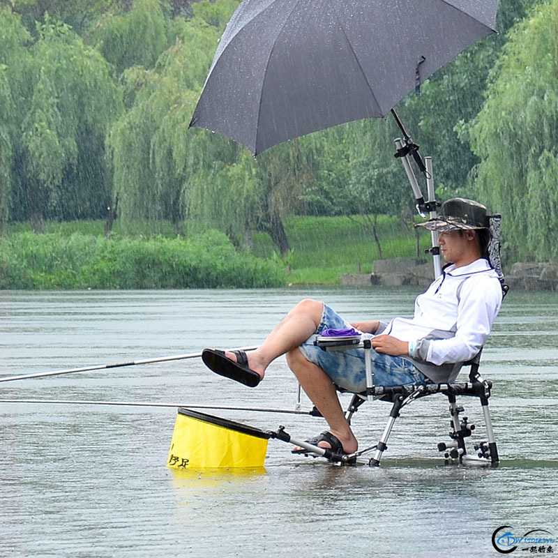 钓鱼技术不到家的别用!专业级的钓渔具,怪不得有钱人爱不释手-11.jpg