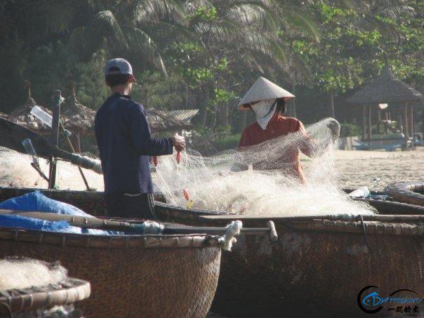 越南的奇葩渔船,竟是无数中国钓鱼人梦寐以求的海钓神器!-15.jpg