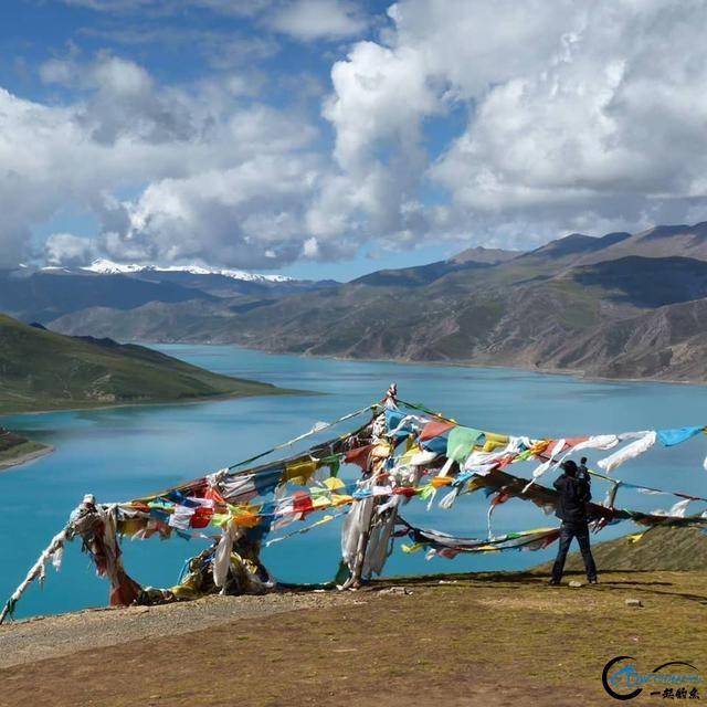 中国这个神秘的湖泊中蕴藏了8亿多公斤的鱼类,却没人敢去捞-2.jpg